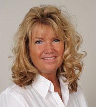 Gabriele Schreyer (Inhaberin und Geschäftsleitung) Examinierte Krankenschwester und Pflegedienstleitung
